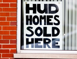 More than 3,00 HUD homes are available in Florida alone