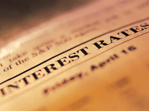 Despite low interest rates, many people cannot get credit to purchase a home
