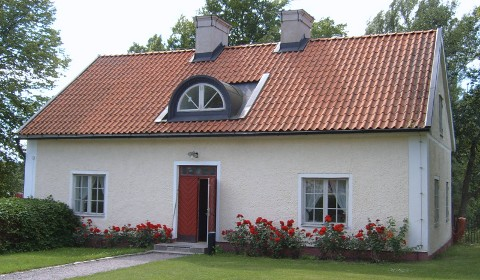pre-owned cottage