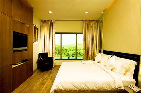 Ramada room in Mumbai