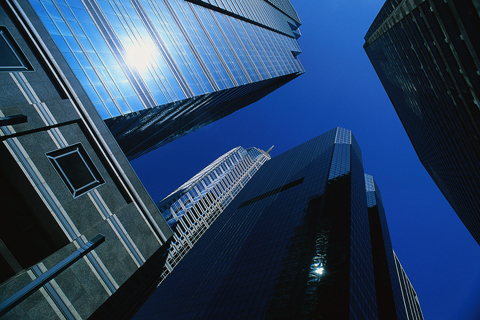 2011 US commercial real estate sales are rising