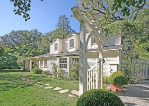 New home in Beverly Hills for Taylor Swift