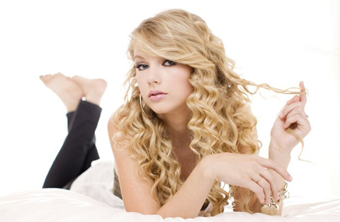 Country singer Taylor Swift buys Beverly Hills home