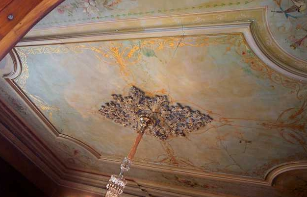 Ceiling of the Antebellum mansion