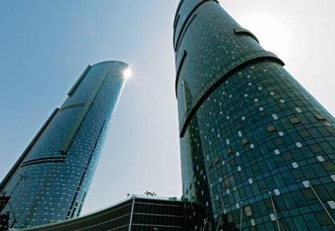 Abu Dhabi's Sun & Sky Towers