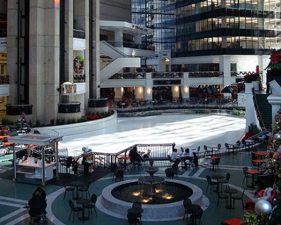 Plaza of the Americas atrium