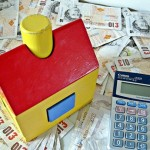 How to Save Money Selling Your House with Online Estate Agents