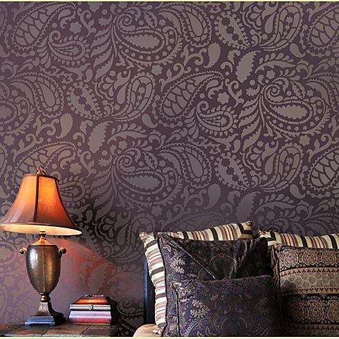 Make a bold statement with stencils realtybiznews real for Different wallpapers for walls
