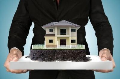如何雇用合适的房地产经纪人而不会被烧掉