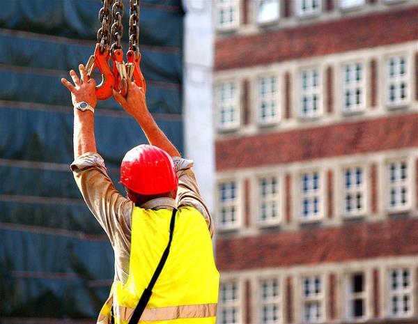 UK looks to stimulate house building. Courtesy vividBreeze