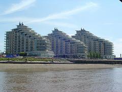 appartment-building-london