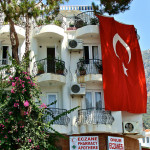 Real Estate Agents Welcome Turkish Government's Decision on Permits