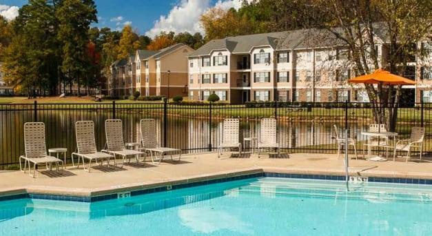 PointOne Holdings在乔治亚州玛丽埃塔购买Lakefront Vista公寓