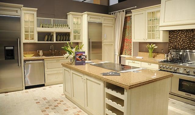 如何购买家用厨柜 你么知道吗