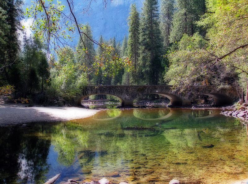 800px-Merced_River