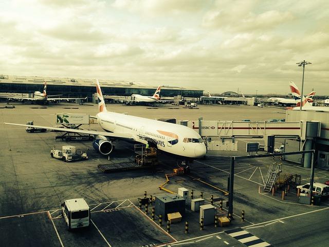 plane-322864_640