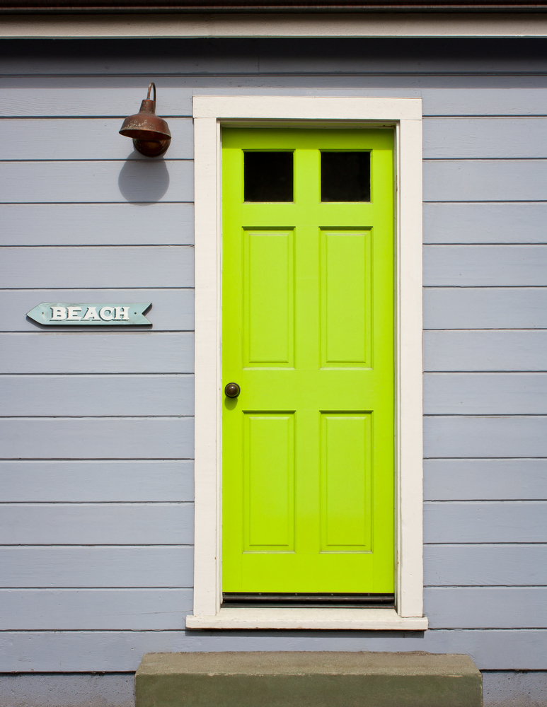 1-shutterstock_112472471 & 6 Striking Color Palette Combinations for Front Doors ...