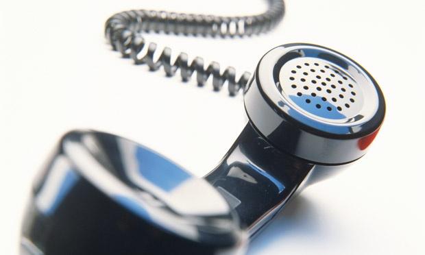 A-telephone-handset-011