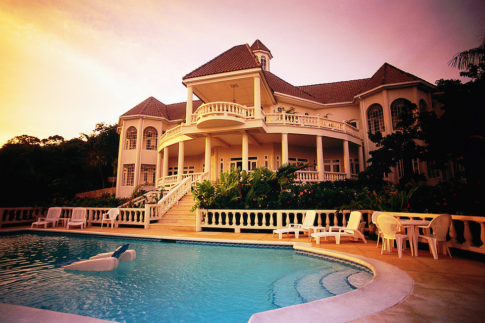 Jamaica --- Luxury Vacation Villa --- Image by © Royalty-Free/Corbis