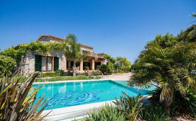 A 525 m2 Finca near Arta listed at €2.25 million