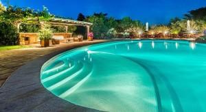 Pool area of villa Il Forte