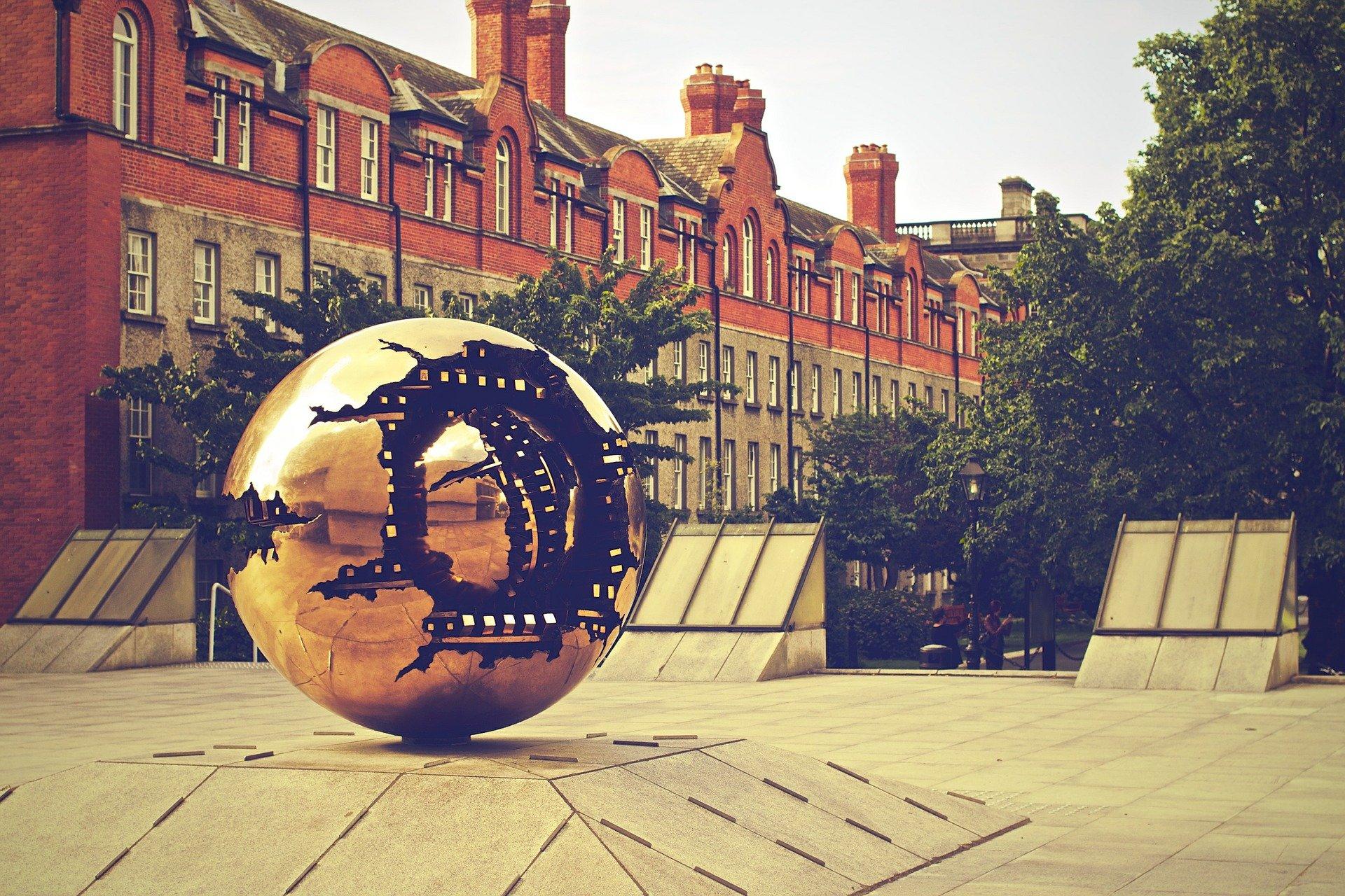 sphere-405776_1920