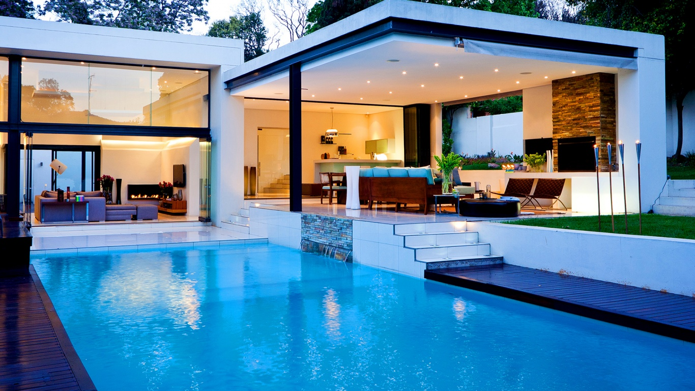 luxury-house-with-pool-1366x768