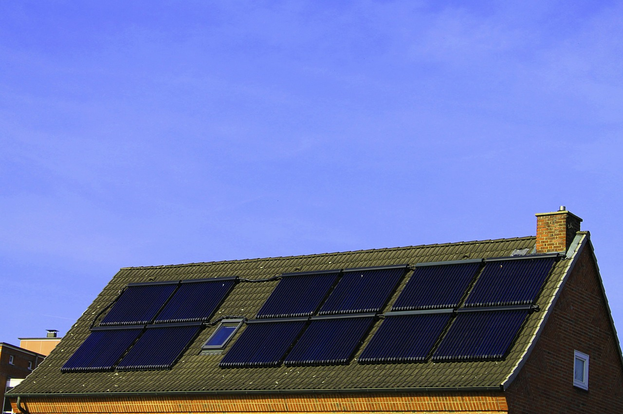solar-power-283775_1280