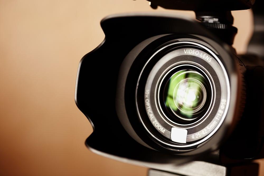 video_lens_shutterstock_88453285