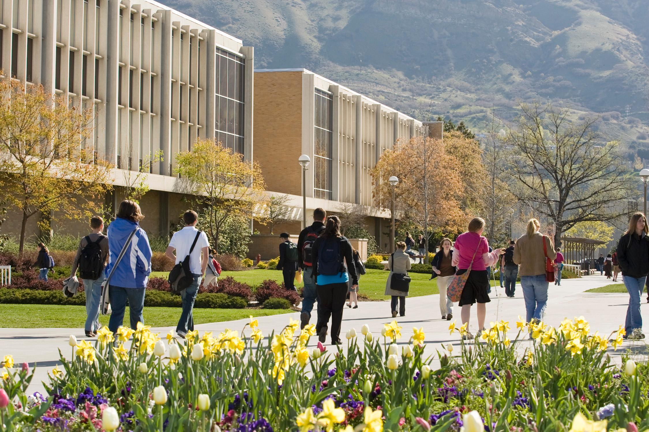 StudentsonCampus