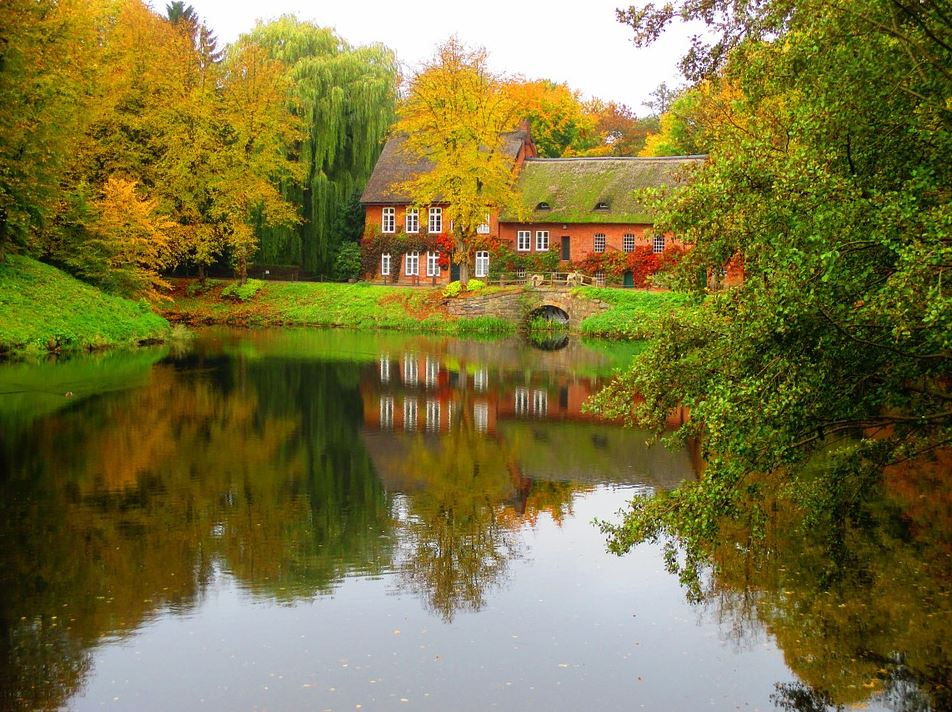 top-4-places-to-live-if-you-love-autumn