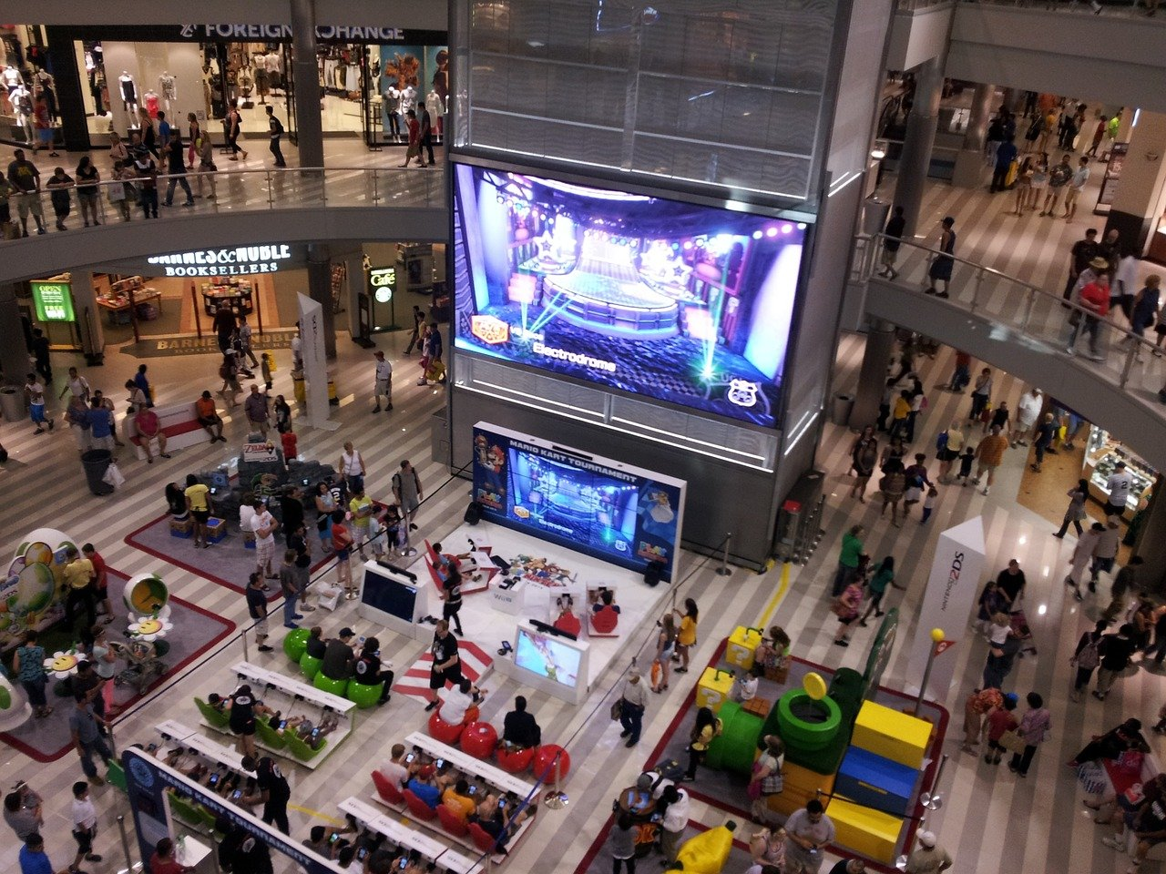 shopping-mall-1431746_1280