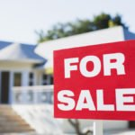 Pending home sales slip to lowest level in a year