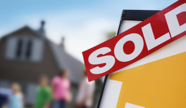 Consumers bullish on housing in 2017, survey finds