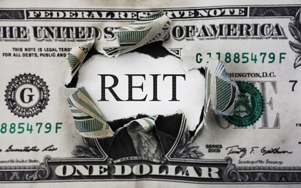 Investors Real Estate Trust (IRET) Analysts See $0.10 EPS