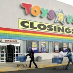 Toys 'R' Us store closures to hit commercial real estate sector hard, experts say