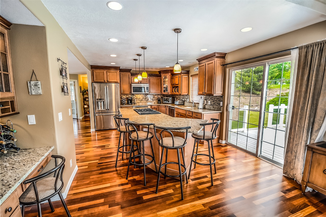 How to Choose The Best Stain Color For Your Hardwood Floors ...
