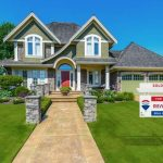 RE/MAX Offers Six Basic Tips on How to Select and Work with the Right Broker