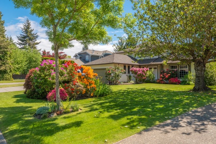 Low-cost Tricks to Improve Your Landscape's Value - RealtyBizNews: Real  Estate News