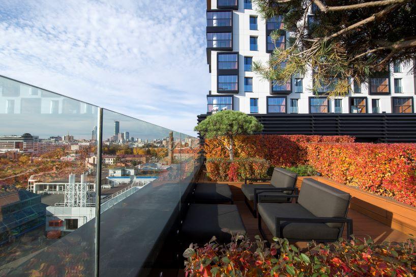 Kandinsky House upper terrace
